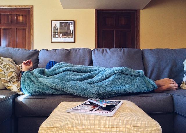 spánek pod dekou