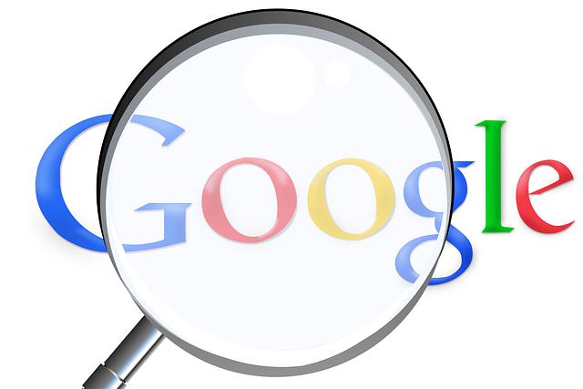 zvětšovací sklo a google.png