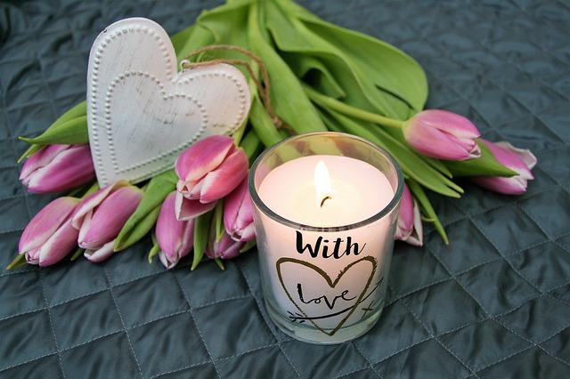tulipány u svíčky